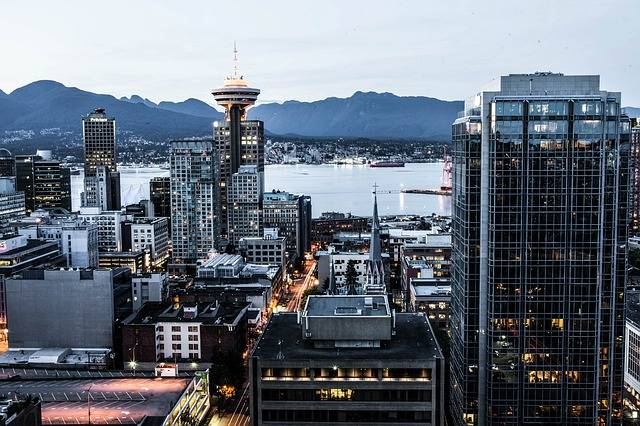 vancouver-4587302_640